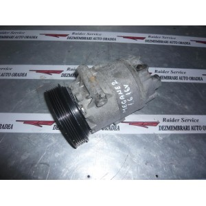 Compresor Clima 8200316164 - Renault Megane 2 Benzina K4M-760 1.6 Litri 86 kw