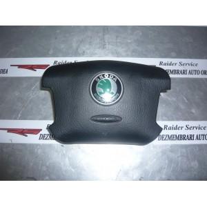 Airbag Volan 1U0880201D - Skoda Superb 3U Berlina 4 Usi 2002, 2003, 2004, 2005,  … 2008